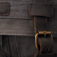 Canvas bag with buckle